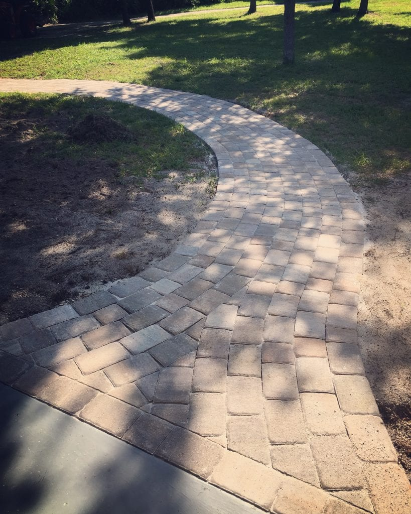 Pavers for any design, that look beautiful and out-last other contractors
